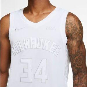 Giannis Antetokounmpo Milwaukee Bucks NIKE jersey